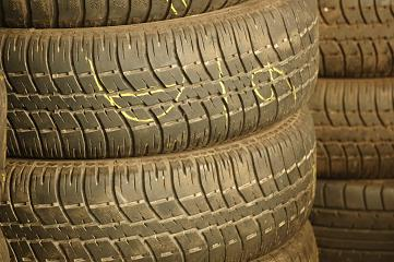 export and wholesale used tires scrap tires second hand tires. Black Bedroom Furniture Sets. Home Design Ideas